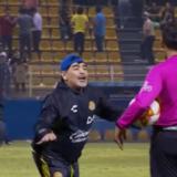 Diego Maradona seguirá siendo el técnico de Dorados de Sinaloa