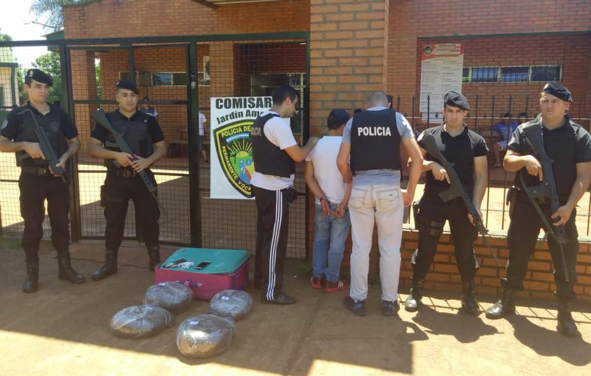 La Policía capturó a «narcovalijero» en Jardín América