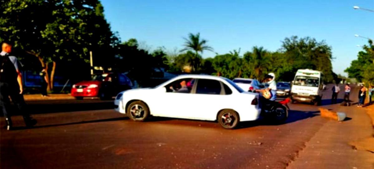 Motociclista herido tras chocar con un auto en Posadas