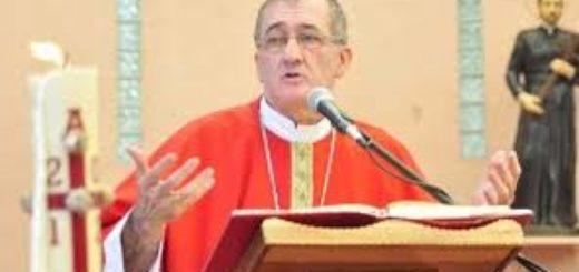 """""""Los países capitalistas temen que los pobres se consuman las materias primas del futuro"""", aseguró el Obispo de Posadas"""