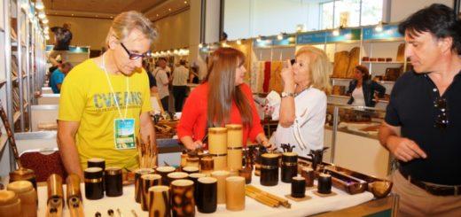 La Feria de Artesanías del Mercosur se vive a pleno en Iguazú