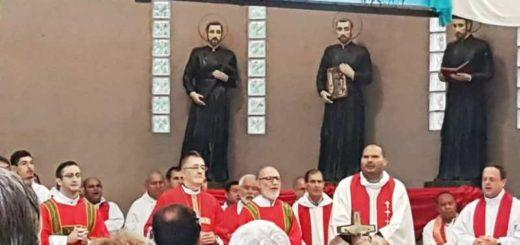 Miles de peregrinos participaron de la peregrinación al santuario de la Virgen de Loreto