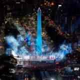Los hinchas de River festejan la obtención de la Libertadores en las calles y en la redes