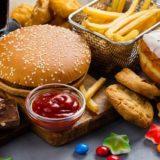 ¿Por qué la comida chatarra sabe tan bien?