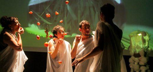 Teatro en los jardines del Parque del Conocimiento de Posadas