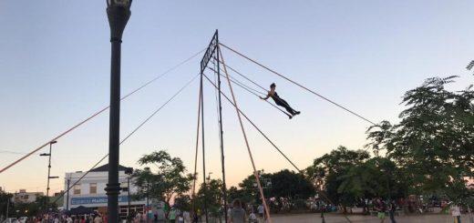 """La 3° edición del Festival Internacional de Circo """"Tierra ColorÁ"""" se despidió con malabares, varieté y trapecios"""