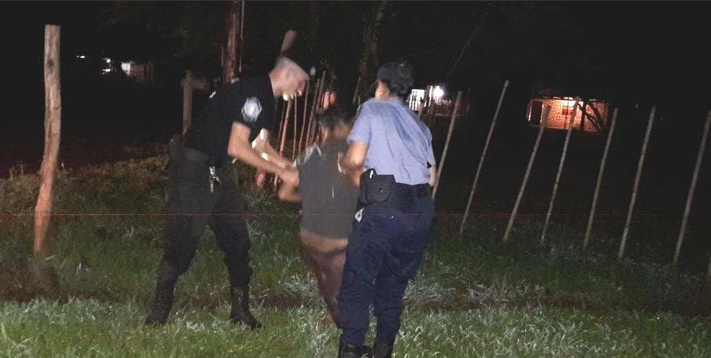 Insólito: se durmió en una zanja y si la Policía no la rescataba, se ahogada