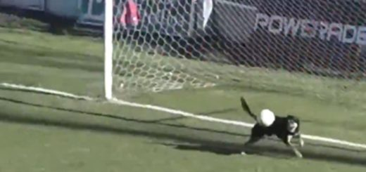 Federal A: parecía gol pero apareció un defensor inesperado y sacó la pelota sobre la línea