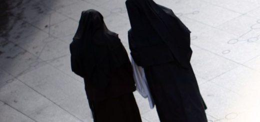 Dos monjas robaron 500 mil dólares de los fondos de un colegio para ir a Las Vegas