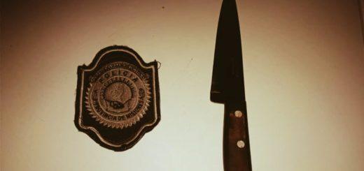 En San Javier, efectivos de la Policía salvaron a una mujer que intentó matarse con un cuchillo