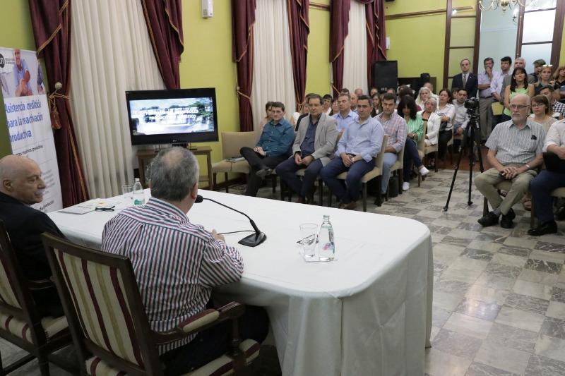 """Al firmar convenios con el CFI, Passalacqua remarcó que """"tienen incidencia en la vida de los misioneros"""""""