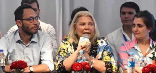"""El polémico mensaje de Elisa Carrió para el Gobierno: """"En Cambiemos hay corruptos"""""""