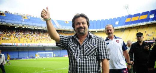 Caruso Lombardi se postuló para dirigir a Boca