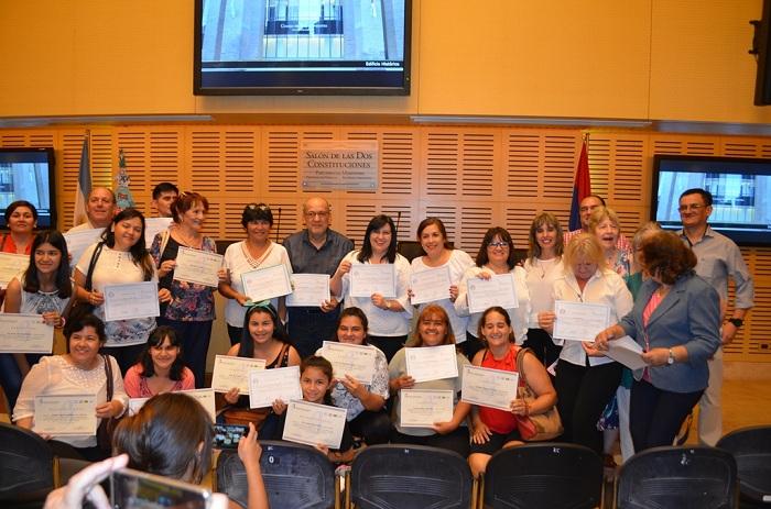 El taller de idioma guaraní culminó con la entrega de certificados en la Legislatura