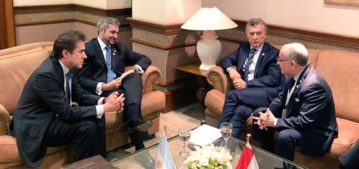 Abdo Benítez y Macri acordaron habilitar un paso fronterizo que conecte Ituzaingó - Ayolas
