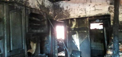 Bomberos sofocaron incendio que dejó daños en dos viviendas de Posadas