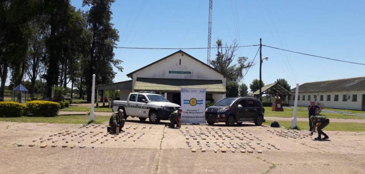 Detienen en Corrientes a un automovilista que había partido de Misiones con 114 kilos de marihuana