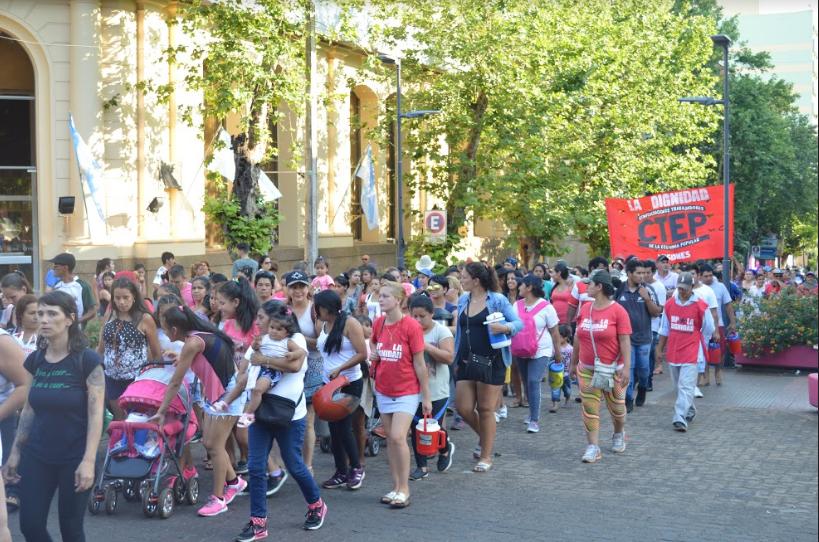 Posadas fue una de las 30 ciudades argentinas que realizó la marcha en repudio al fallo por el femicidio de Lucía Pérez