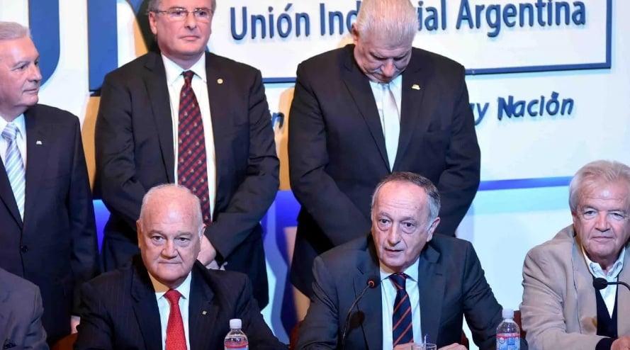 La CGT y la UIA presentarán un duro documento en contra de la política económica y social del Gobierno Nacional