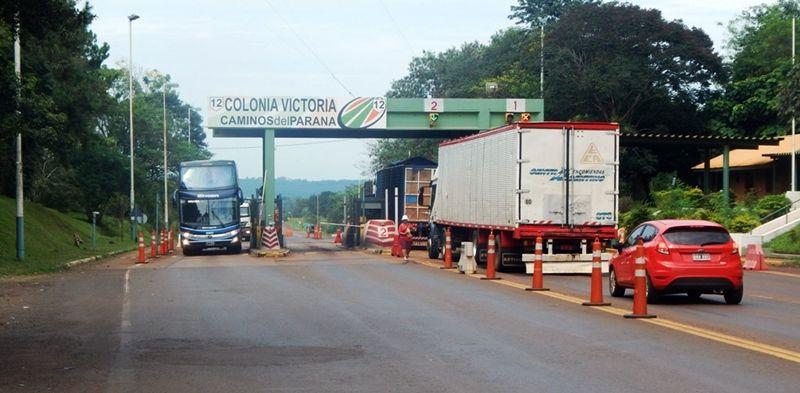 En marzo, el peaje de Victoria pasará a depender de una empresa estatal y estiman como probable que luego lo levanten definitivamente