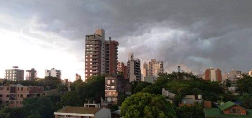 Así se ve la tormenta en Posadas
