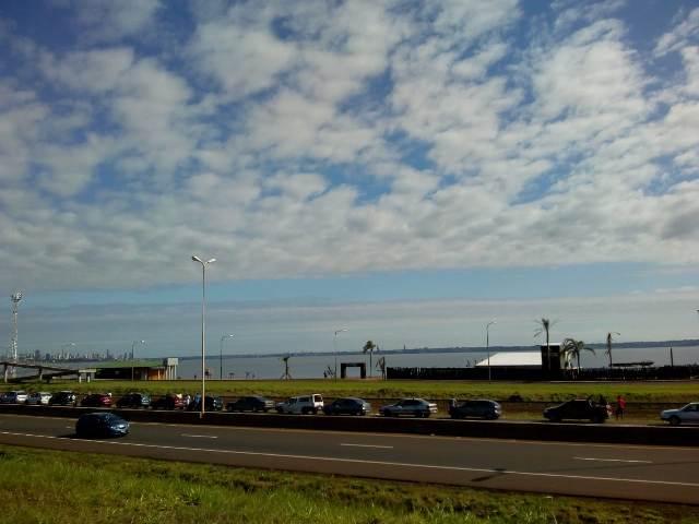 Hasta ocho horas de espera para cruzar de Argentina a Paraguay a pasar las fiestas y vacaciones