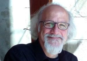 El ex Sui Generis Carlos Piegari presenta hoy su novela Kitschfilm en Posadas