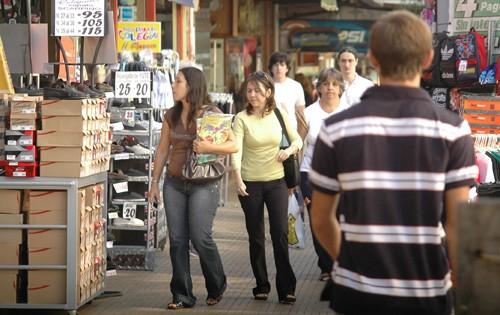 Comerciantes de Posadas esperan que las ventas de fin de año reactiven en algo la economía