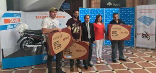Banco Macro continúa entregando premios por consumos con tarjeta de débito, conocé los ganadores