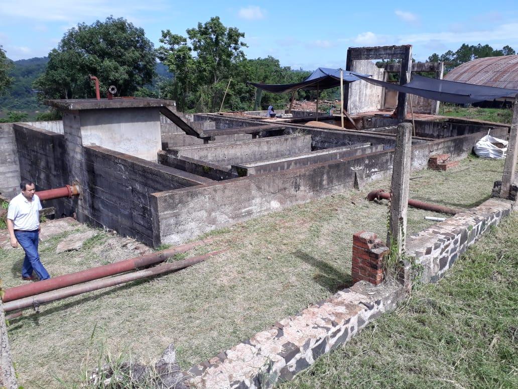 Eldorado: comenzaron los trabajos de remodelación de la planta de agua en Puerto Pinares