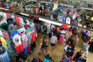 """Según la Came, en Argentina hay 490 """"saladitas"""" y 124.912 vendedores informales"""