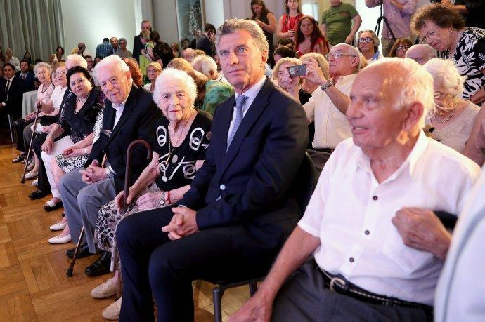 Macri pidió un «Nunca Más» para los procesos de violencia masiva