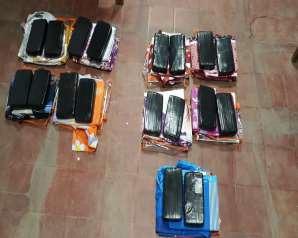 """Detuvieron a los """"Reyes Narcos"""" en Salta: habían escondido más de 40 kilos de cocaína entre cargamentos de zapatillas y ropa blanca"""