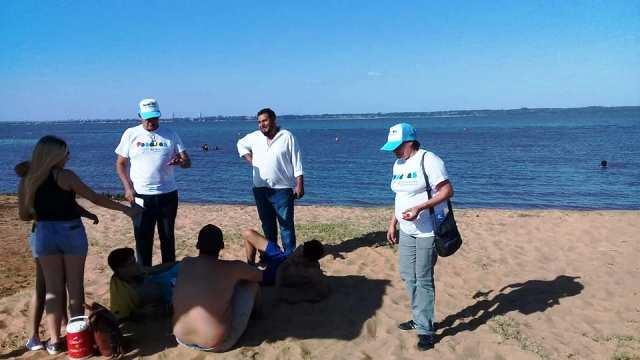 Promueven hábitos responsables en las playas posadeñas