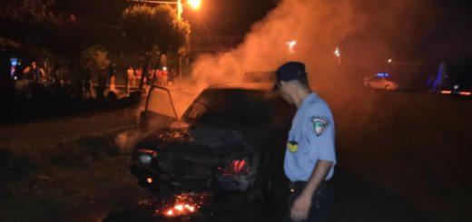 Se le incendió el auto en plena ruta y logró escapar justo a tiempo