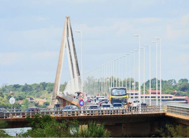 Frigerio anunció la apertura del nuevo paso fronterizo entre Ituzaingó y Ayolas