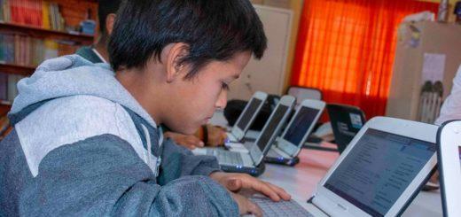 En lo que va de enero Educación y Marandú Comunicaciones dieron conectividad a más de 50 escuelas de Misiones