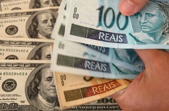 Tras una leve caída, el dólar se vende a 40 pesos y el real a 10,40 en Posadas