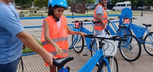 Eco bicis de la Costanera: los fines de semana se alquilan 250 bicicletas por día
