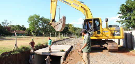 Vialidad realiza obras de construcción de desagüe subterráneo en la avenida Urquiza de Posadas