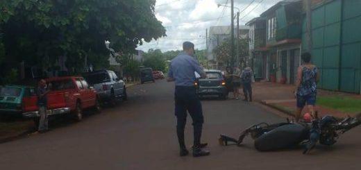 Alem: motociclista internado tras chocar con un auto