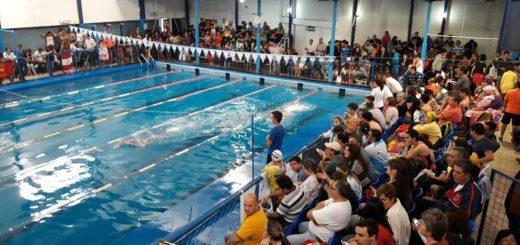 Nadadores del CAPRI partieron a Córdoba para participar en el Campeonato de la República Infantiles y Menores