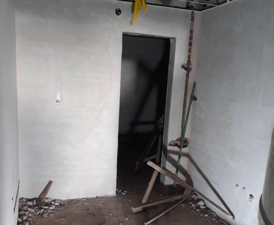 Obrero internado tras caer al vacío en una obra de San Javier