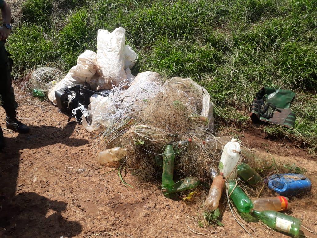 Ecología junto a pares brasileros realizaron un operativo sobre el Río Uruguay donde incautaron redes utilizadas para la pesca furtiva