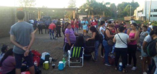 Sin colectivos en Posadas Garupá y Candelaria por protesta de movimientos sociales contra el aumento del boleto