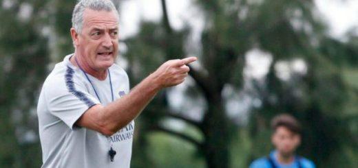 Alfaro paró su primer equipo como entrenador de Boca