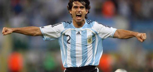 Selección Argentina: Roberto Ayala será ayudante de campo de Scaloni