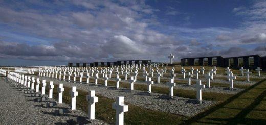 Identificaron a tres soldados correntinos en el Cementerio de Darwin