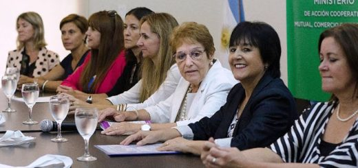 Mañana entregarán créditos del Banco de la Mujer Misionera en Puerto Esperanza