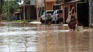 Las inundaciones en el Litoral del país no dan respiro y vuelve a llover en las zonas afectadas